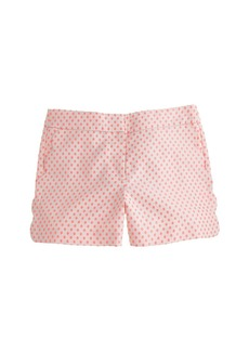 Scallop-pocket short in polka dot