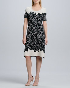Kay Unger New York Short-Sleeve Lace-Print Knit Dress
