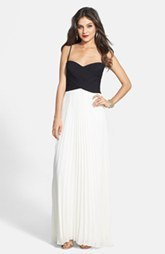 Laundry by Shelli Segal Two-Tone Cross Bodice Chiffon Gown