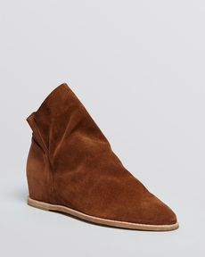 Stuart Weitzman Pointed Toe Booties - Sprite