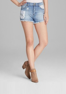 GUESS Shorts - Kate Boy Fit Cutoff Patchwork in Chappell
