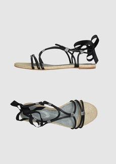 ELIE TAHARI - Sandals