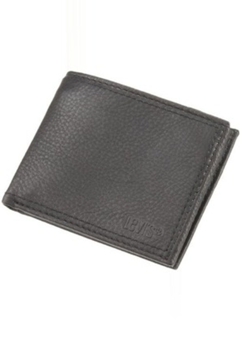 levi 39 s levi 39 s men 39 s traveler wallet with interior zipper bags shop it to me