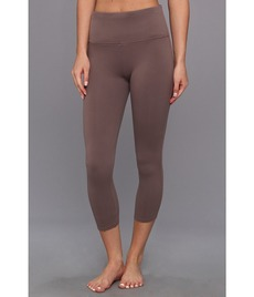 Spanx Ready to Wow!™ Capri Structured Leggings