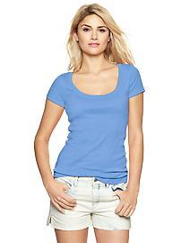 Favorite short-sleeve scoop tee