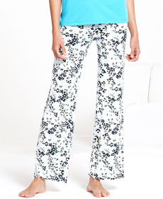 HUE Flower Patch Slim Fit Pajama Pants