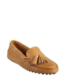 Tod's light brown grained leather 'New Gommini' tasseled loafers
