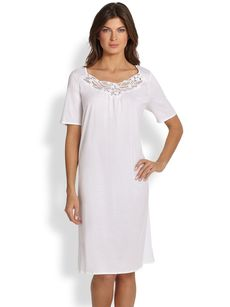 Hanro Filipa Short-Sleeve Gown