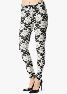 The High Waist Skinny w/Contour Waistband in White Rose Jacquard