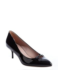 Gucci black patent leather pointed toe kitten heel pumps