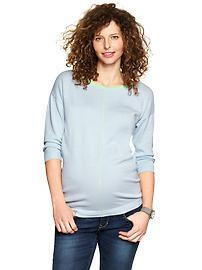 Three-quarter sleeve sweater