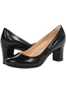 Cole Haan Edie Low Pump