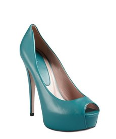 Gucci dark parrot leather peep toe platform pumps