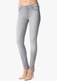 The Slim Illusion Skinny in Spring Grey