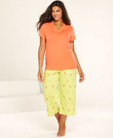 HUE Plus Size Short Sleeve Top and Capri Pajama Pants