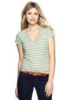 Essential multi-stripe V-neck T
