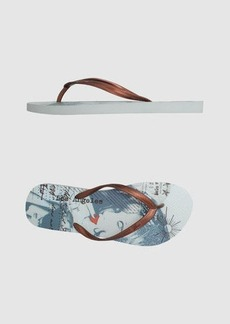 GUESS - Thong sandal