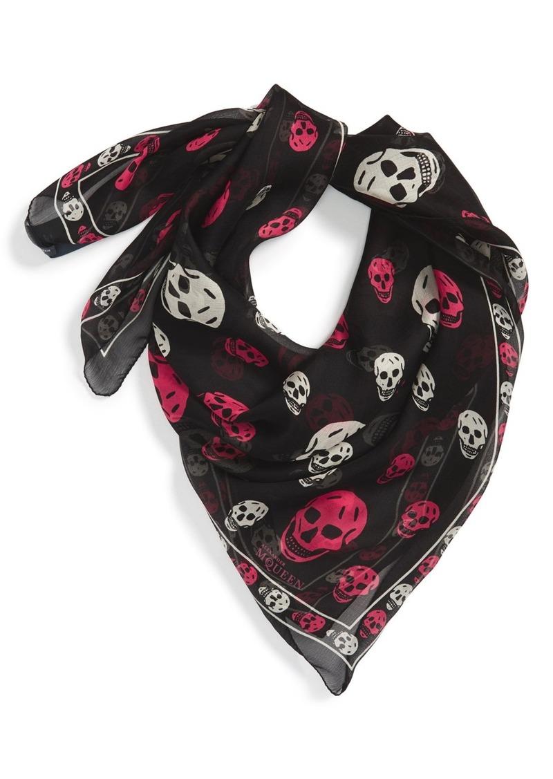 mcqueen mcqueen bicolor skull silk