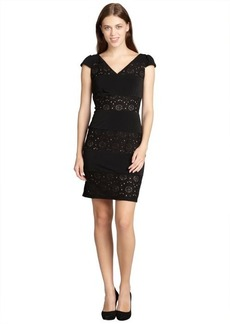 Marc New York black and nude lace detailed sleeveless v-nevk dress