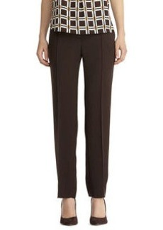Slim pant with pintuck