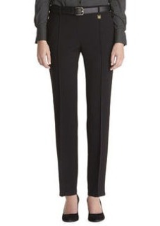 Slim pant with pintuck