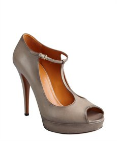 Gucci grey leather 'Betty' t-strap platform peep toe pumps
