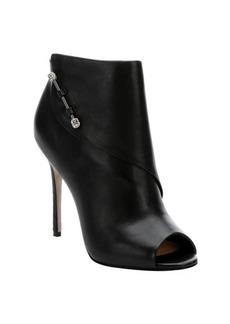 Badgley Mischka black leather 'Julesa' peep toe pumps