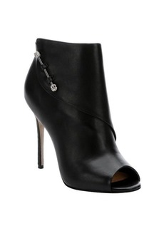 Badgley Mischka black leather 'Julesa' peep toe pumps