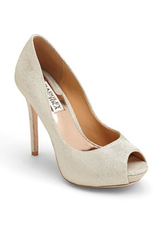 Badgley Mischka 'Drama' Pump