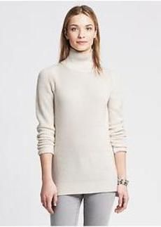 Ribbed Mock Pullover