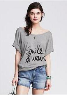 """""""Smile & Wave"""" Graphic Tee"""