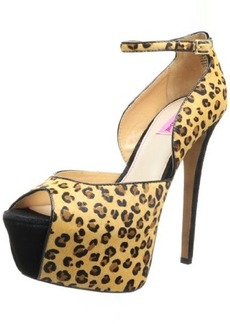 Betsey Johnson Women's Leanah Platform Pump