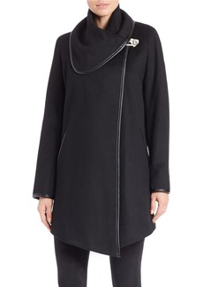 BETSEY JOHNSON Wool-Rich Cape Jacket