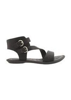 Eva Sandal by Born®