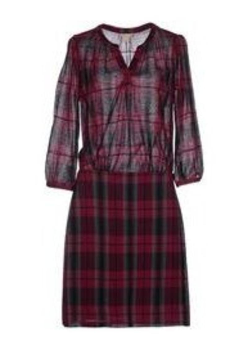 4d3d01e73e6 Burberry Dress Sale