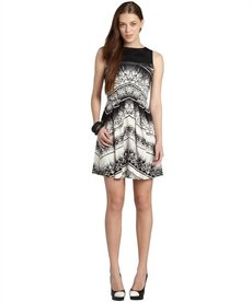 Nicole Miller black and white chevron batik fit n flare dress