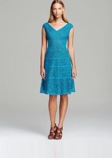 Anne Klein Dress - V Neck Sleeveless Lace Swing