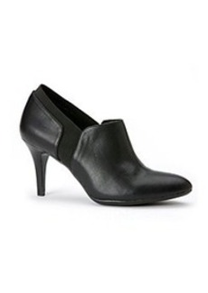 "Calvin Klein ""Jacinda"" Dress Heels *"