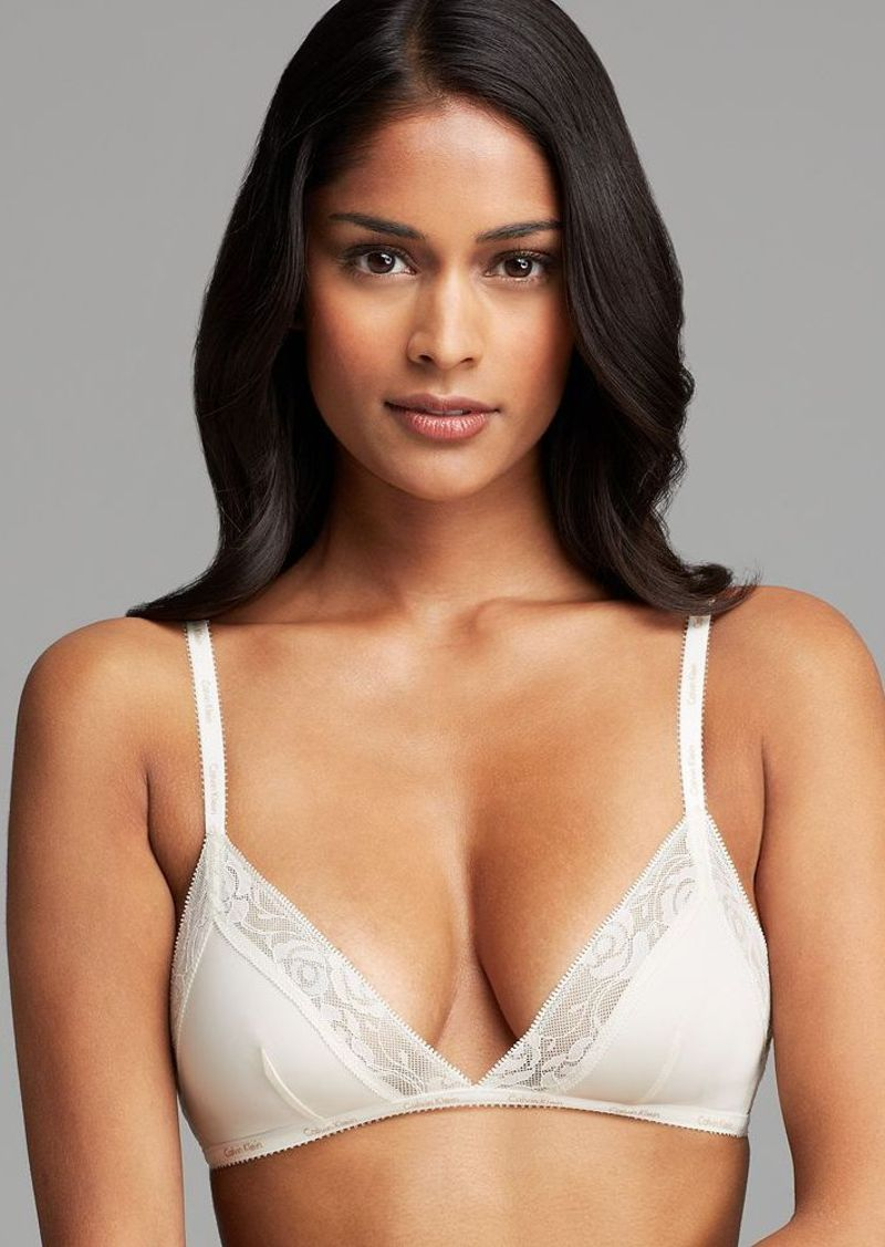 Calvin Klein Underwear Bra - Modern Signature Wireless Unlined Triangle #F3780