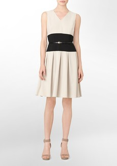 colorblock v-neck belted fit + flare sleeveless dress