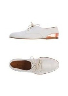 CHLOÉ - Laced shoes
