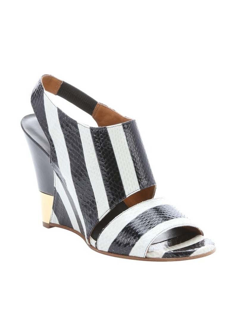 chlo 233 white and black striped snakeskin slingback