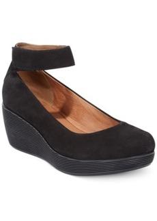 Clarks Artisan Women's Claribel Fame Platform Wedges Women's Shoes