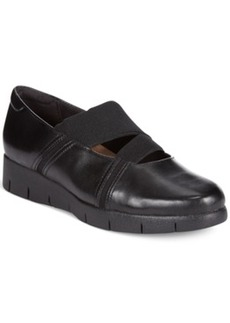 Clarks Artisan Women's Daelyn Villa Flats Women's Shoes