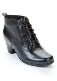 Clarks Leyden Bell Waterproof Leather Booties