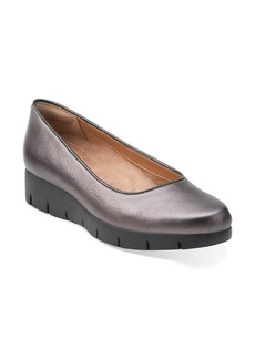 Clarks® 'DaelynTowne' Platform Wedge (Women)