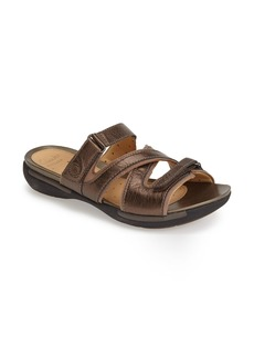 Clarks® 'Un Verlee' Leather Sandal (Women)