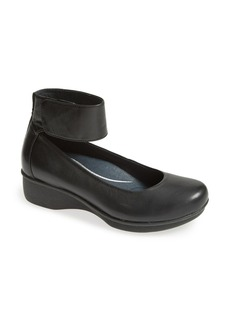 Dansko 'Lulu' Mary Jane Flat (Women)