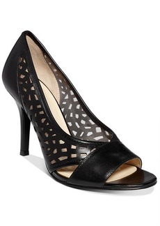 Tahari Women's Liquorice Pumps