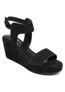 Delman Vada Wedge Sandal